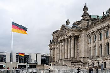 INSA: GroKo weiter ohne Mehrheit - AfD auf neuem Rekordhoch