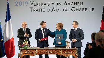 Desarmer - der Aachener Vertrag - Hochzeit auf 16 Seiten