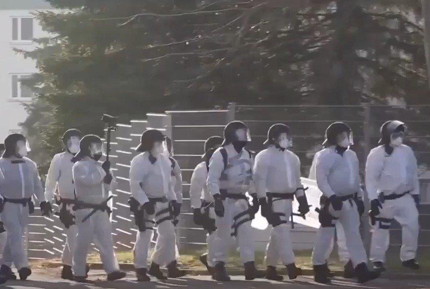 Corona: Großeinsatz der Polizei in Asylantenheim von Suhl