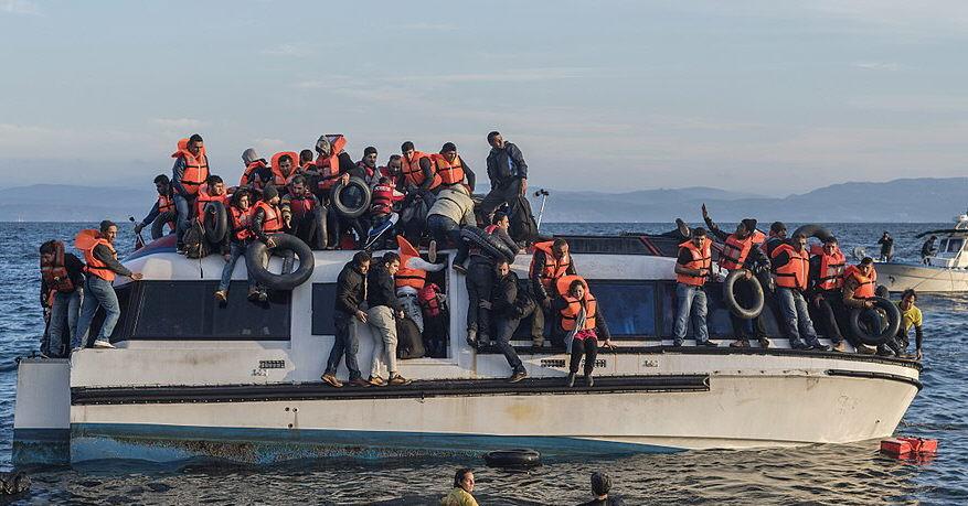 Bystron: Viel weniger Kinder unter Migranten in Griechenland als gemeldet