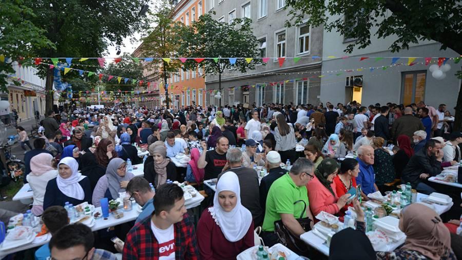 Corona im türkischen Ramadan-Flieger?