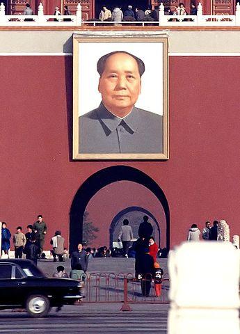 China überschwemmt die Welt weiterhin mit mangelhafter medizinischer Ausrüstung