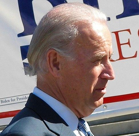 """""""Glaube allen Frauen"""" - außer sie beschuldigen Joe Biden!"""