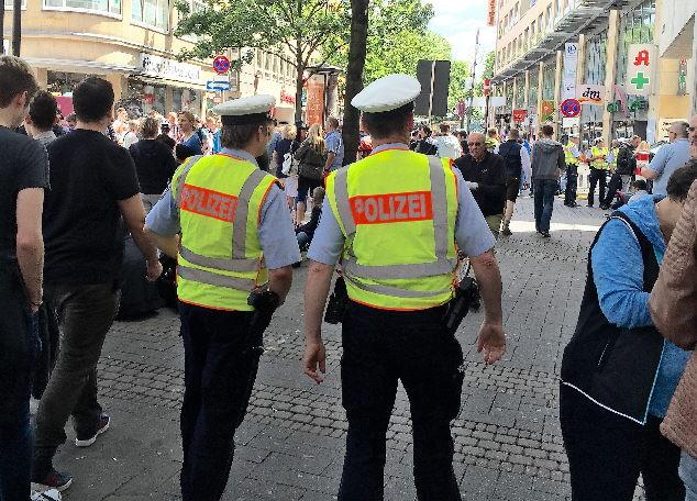 Polizeieinsätze gegen Kriminelle mit Migrationshintergrund erschwert
