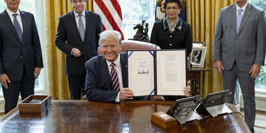 Trump unterzeichnet Dekret zu Social Media [Video]