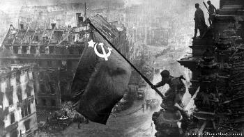 Die Geringschätzung und die politisch gewollte Ausblendung des jüdischen Beitrags zum sowjetischen Sieg 1945
