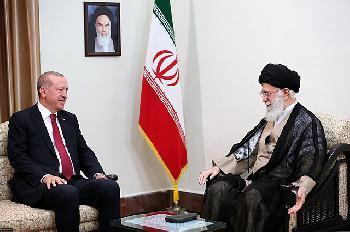 Iran und Türkei schlachten Unruhen in den USA propagandistisch für sich aus