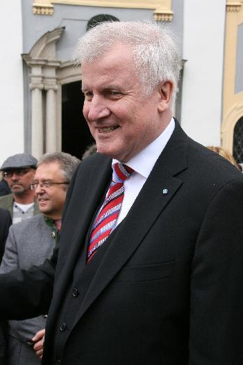 Der Innenminister und die Kolumnistin