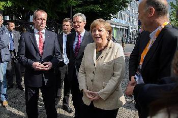 Merkel – von der Welt bewundert, geachtet oder verachtet?