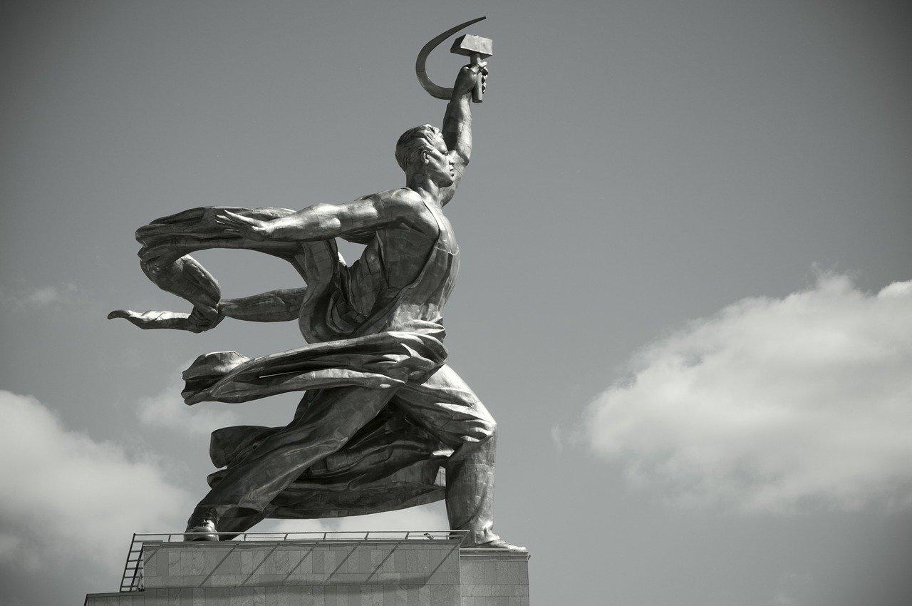 """""""Die letzte Adresse"""": Stolpersteine für Opfer des Stalinismus"""
