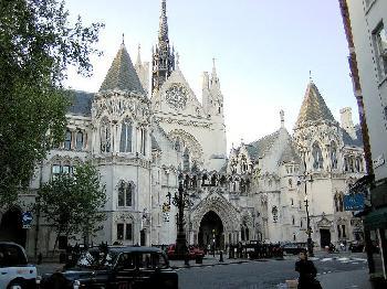 Britisches Gericht: Scharia-Ehen nach britischem Recht ungültig