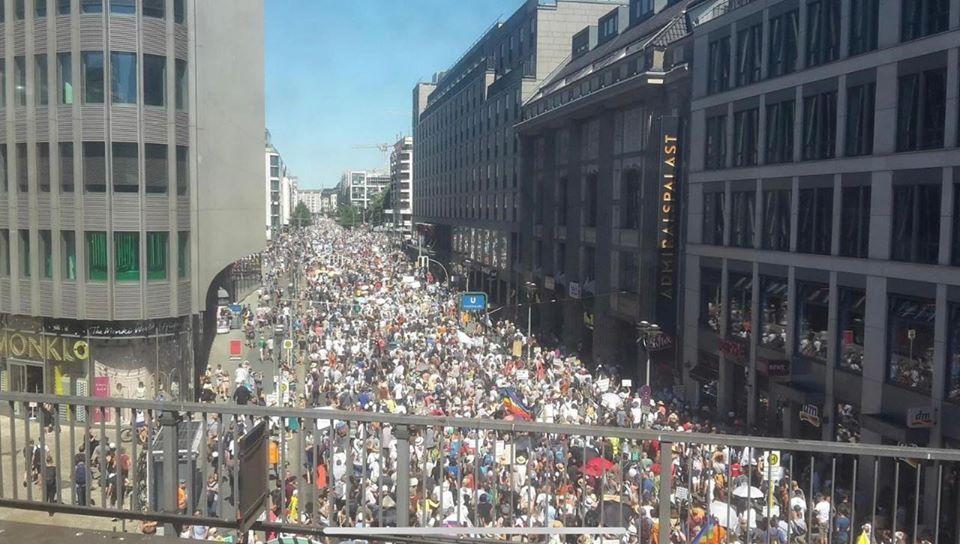 Corona-Demo: 17.000 oder 1,3 Millionen auf der Straße? {Video]