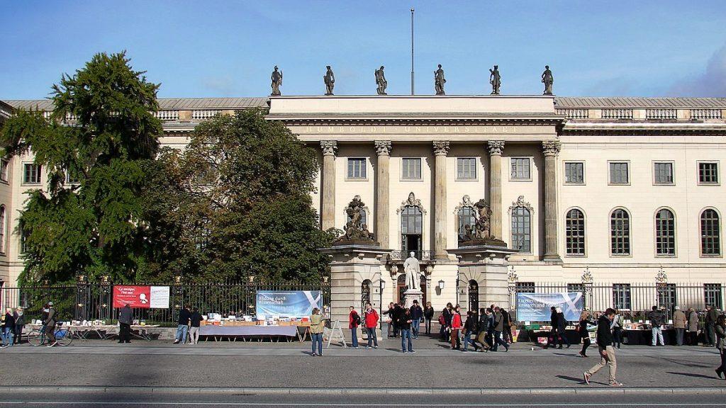 BDS-Aktivistin von Berliner Gericht verurteilt