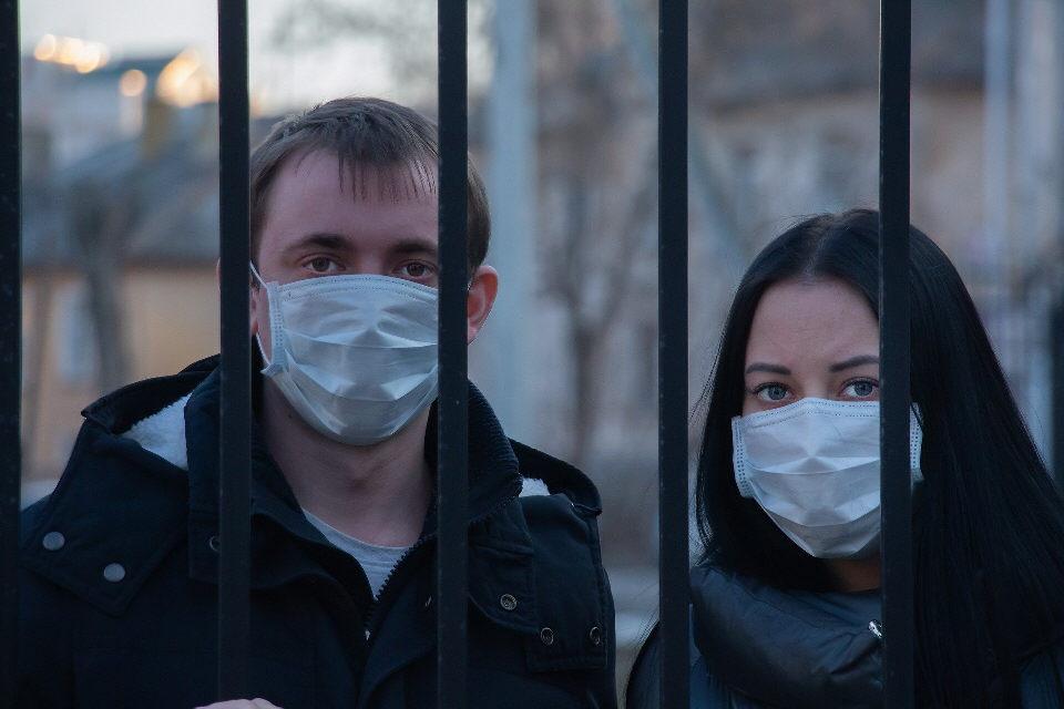 Gericht: Keine Maskenpflicht für Anti Corona-Demo in Berlin am Samstag!