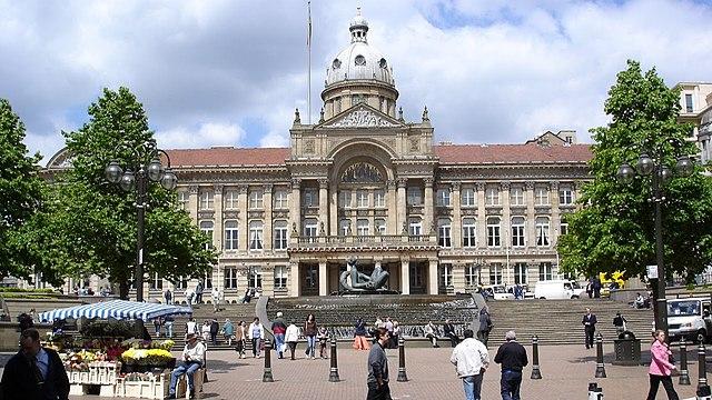 Toter und Verletzte bei Messerangriffen in Birmingham