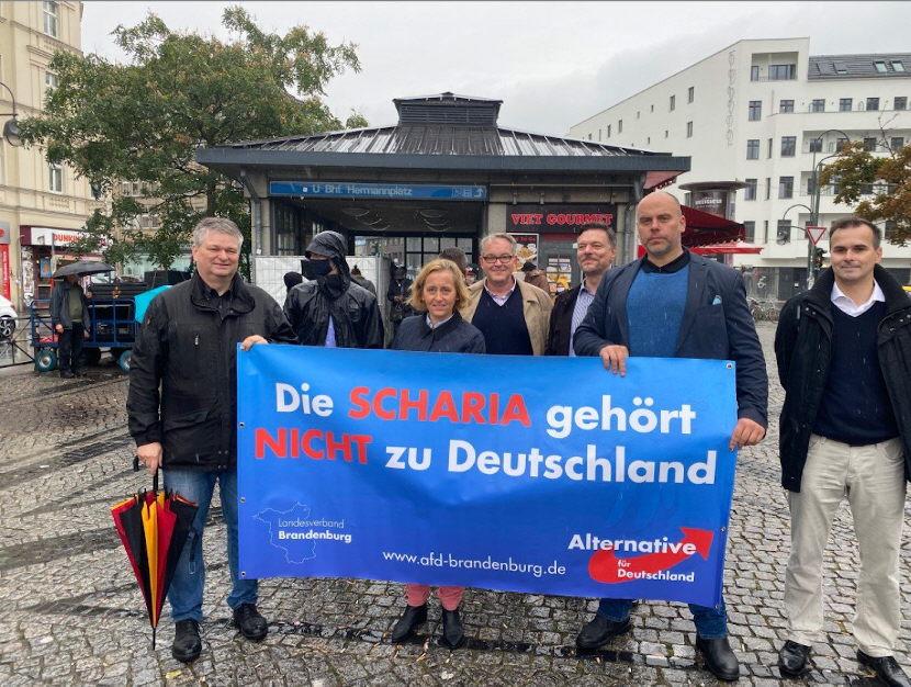 """Botschaft in Berlin Neukölln: """"Die Scharia gehört nicht zu Deutschland!"""""""