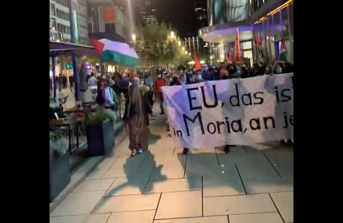 Demo für Aufnahme von Moria-Flüchtlingen eskaliert mit antisemitischen Hassrufen