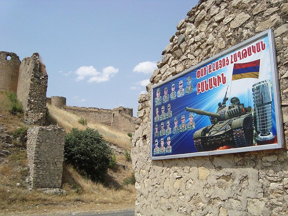 Sprechblasen für Karabach