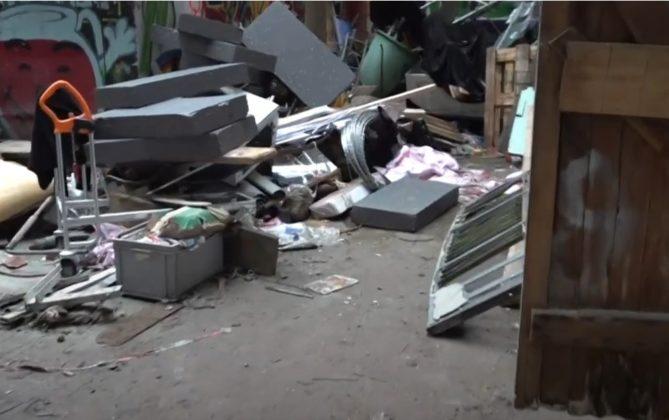 """Liebig34: So liebevoll haben """"Antifa""""-Aktivisten das leer stehende Haus wieder instand gesetzt [Video]"""