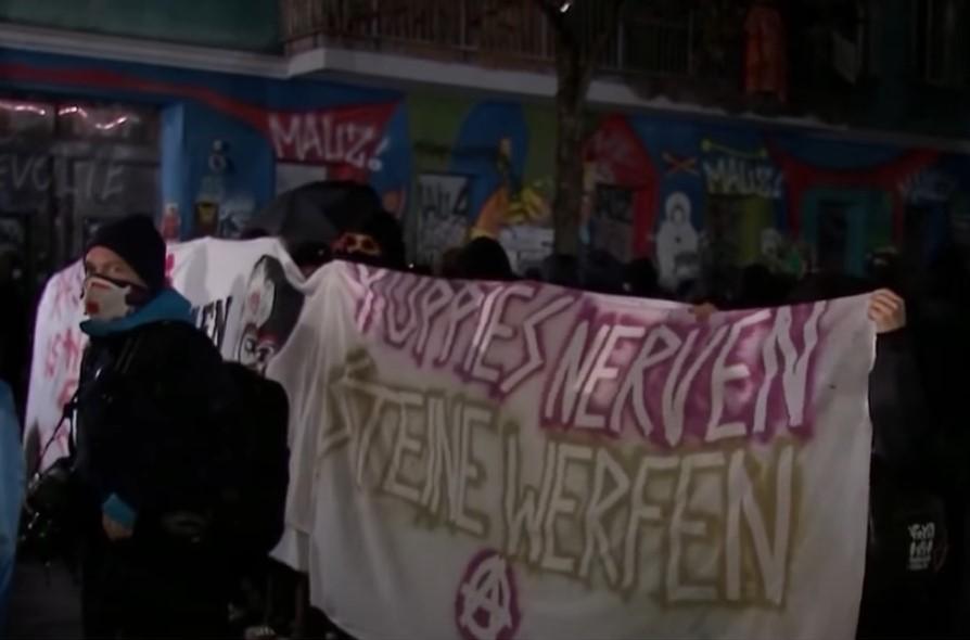 Liebig34: Alle Hausbesetzer wieder auf freiem Fuß – Fall muss politische Konsequenzen haben [Video]