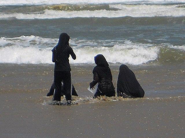 Burkini: mehr Burka als Bikini