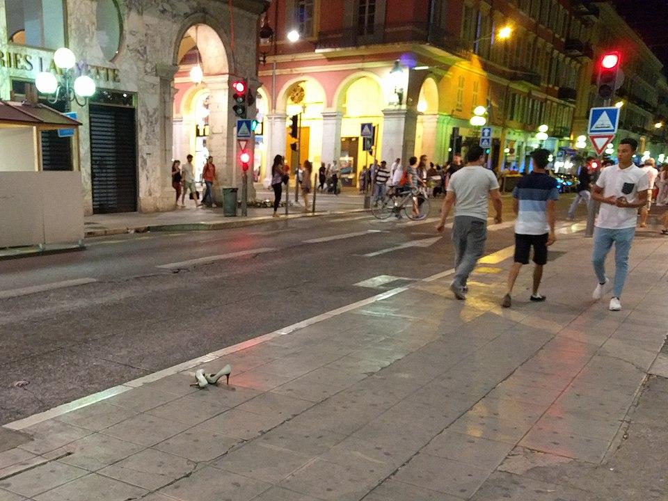 Mindestens 3 ermordete Frauen bei Terroranschlag in Nizza enthauptet