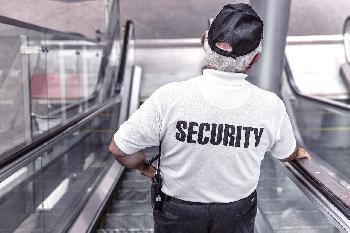 """Manchester-Attentat: Sicherheitsleute wollten nicht als """"Rassisten"""" dastehen"""