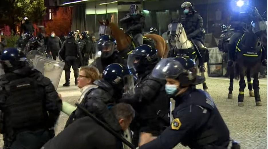 Schwere Ausschreitungen bei Corona-Protest in Slowenien