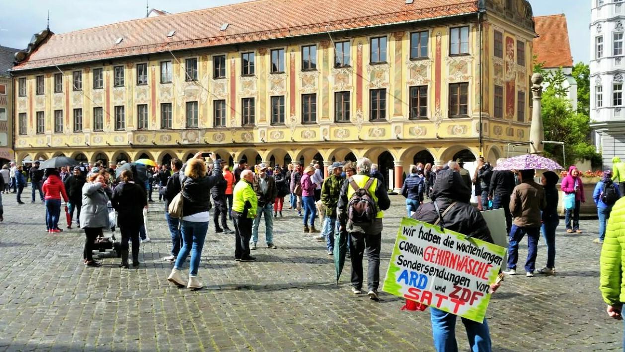 Leipzig macht Demonstranten zu Touristen