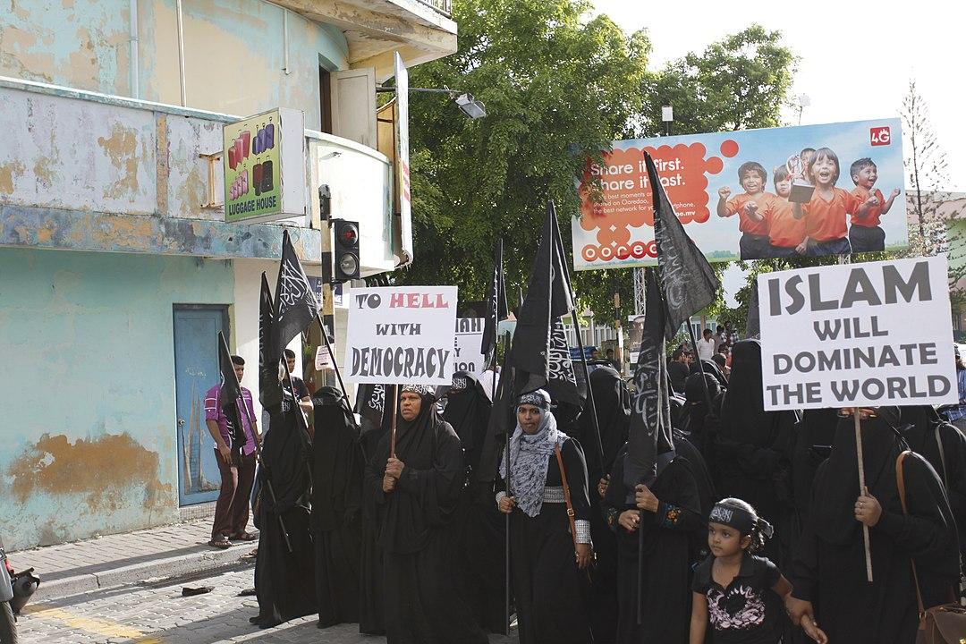 Viele islamistische Gefährder vor der Haftentlassung?
