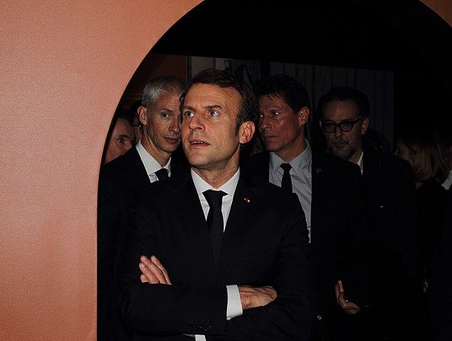 Frankreichs oberflächliche Auseinandersetzungen mit gewalttätigen Muslim