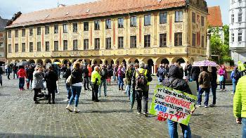 Tausende-demonstrieren-in-Dresden-gegen-CoronaAusnahmezustand