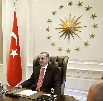 Die Türkei verherrlicht historische Verbrechen [Video]