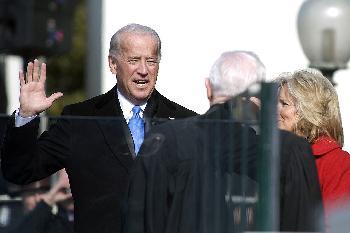 CNN, AP, FOX geben bekannt, dass Joe Biden zum Präsidenten der Vereinigten Staaten gewählt wurde