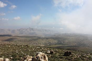 Die Regierung plant die Genehmigung von 1.700 Wohneinheiten, die bereits in Judäa und Samaria gebaut wurden