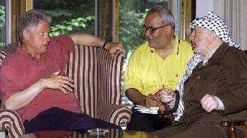 Westler preisen Saeb Erekat als jemanden, der für den Frieden lebte – aber das palästinensische Gedenken erwähnte Frieden nicht einmal
