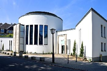 Rechtsextreme Aktivisten in Deutschland planen, vor der Synagoge gegen den Zionismus zu protestieren