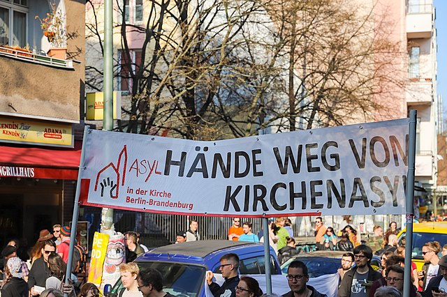 """Kirchen """"offen für alle, die unterwegs sind, vor allem Flüchtlinge"""""""