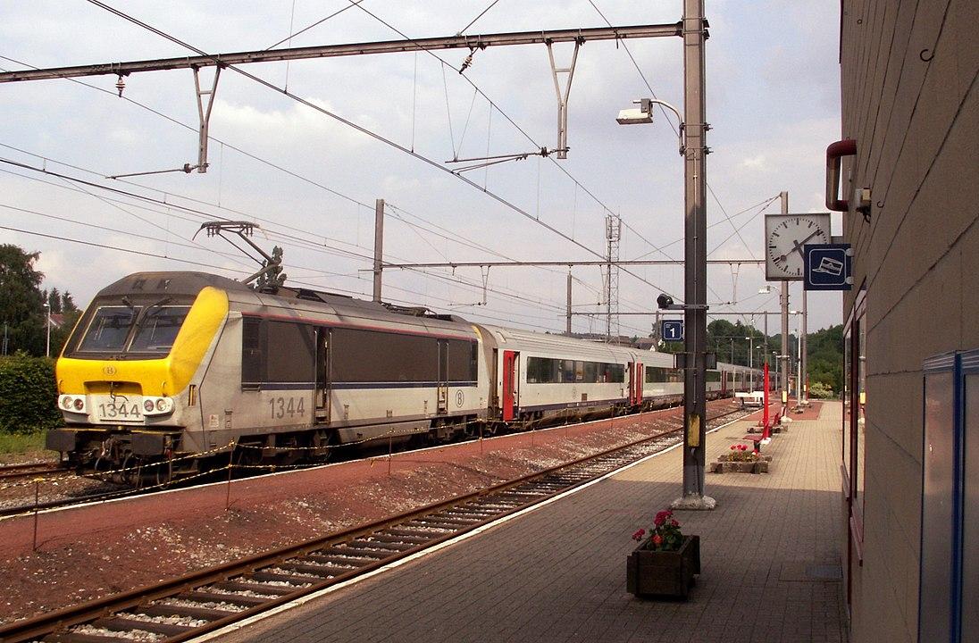 """4 Passagiere drohen, den belgischen Zug in die Luft zu jagen, wenn nicht """"Krebsjuden"""" aussteigen"""