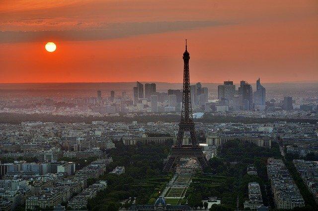 Zu viele Frauen in Chefposten - Paris muss Diskriminierungs-Strafe zahlen