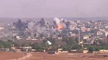 Mindestens-6-Tote-bei-Luftangriffen-auf-iranische-Raketenfabriken-in-Syrien
