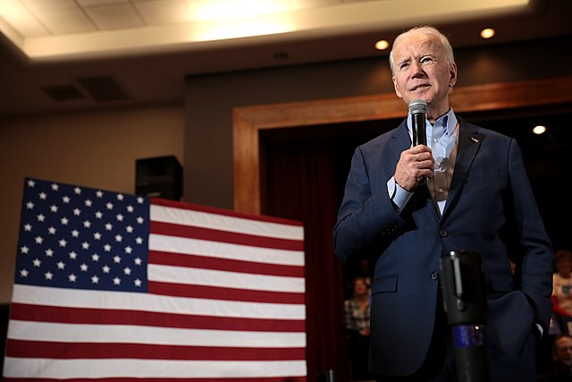 Die Kongressabgeordnete aus Georgia kündigt Pläne an, Biden anzuklagen