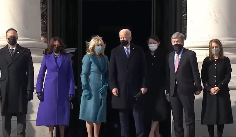 Fettnäpfchen-Biden: Ganz Amerika lacht über diese Peinlichkeit [Video]