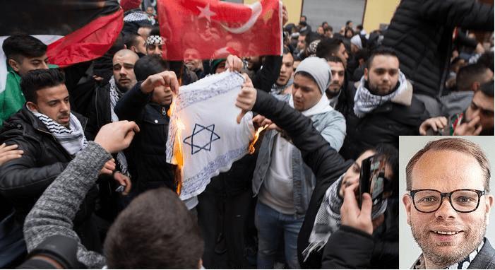 Verursacht Muslimen zu sagen, wie sie sich verhalten sollen, Hass und Terror?