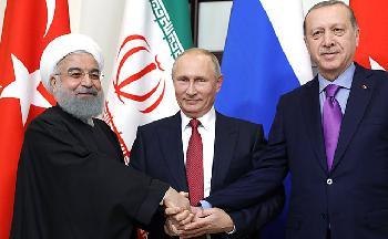Russland verstärkt seine Truppen gegenüber der Türkei im Norden Syriens