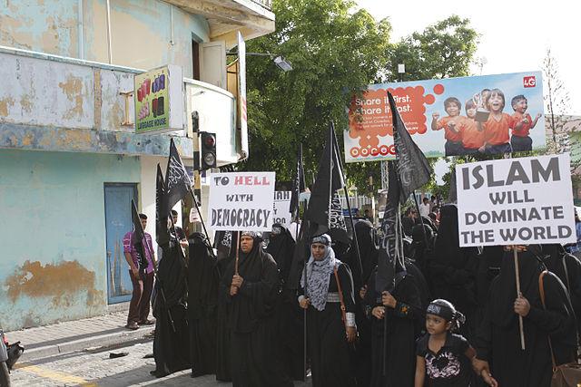 Frankreich setzt ein deutliches Zeichen gegen den Islamismus