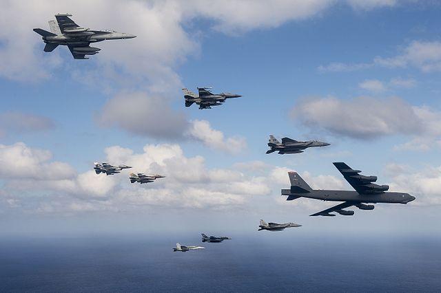USA greifen iranisch unterstützte Miliz in Syrien an