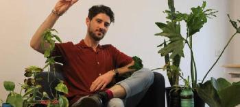Israelische Studenten erfinden selbst bewässernde Mikro-Farm aus Plastikmüll