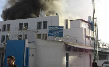 Die-Vereinigten-Arabischen-Emirate-krzen-Mittel-fr-UNRWA