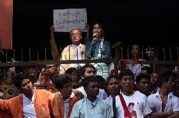 Weitere Politiker in Myanmar festgenommen